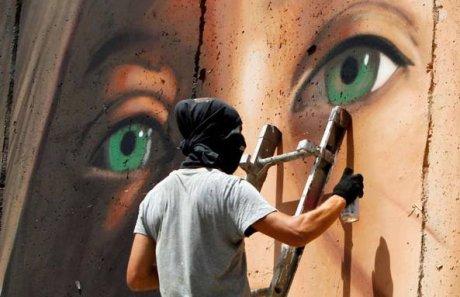 fonte: http://www.globalproject.info/it/mondi/ahed-tamimi-e-libera-liberta-per-jorit-ancora-in-carcere-a-betlemme/21560