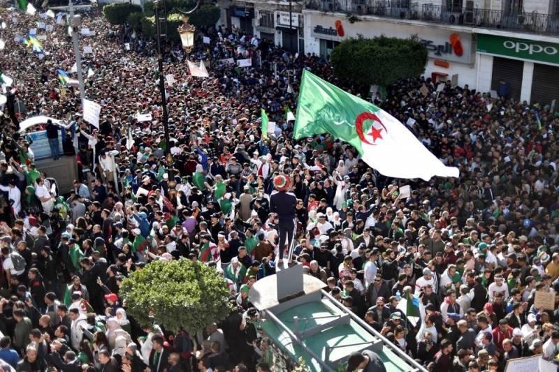 Economia politica della protesta algerina | Global Project