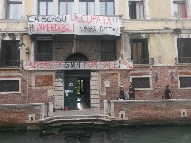 Calendario Lauree Ca Foscari.Venezia Invendibili Occupata Sede Dell Universita Ca