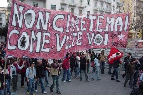 Il Sud Verso La Manifestazione Dei Precari Della Scuola A Napoli Global Project
