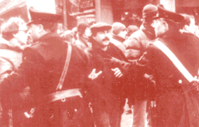 9 marzo 2015 trent anni fa a trieste sparavano a pietro for Pedro padova