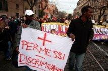 http://www.globalproject.info/public/resources/images/small/immigrati-brescia-padre-di-senegalese-su-gru-sbagli-scendete-1.jpg