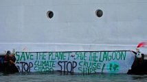 Venezia - Angry animals against Climate Chaos