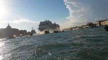 Venezia - La soluzione è solo una: fuori le navi dalla laguna!
